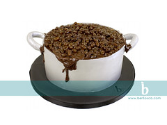 Brazilian Beans (Berliosca Cake Boutique) Tags: birthday wedding party cake vancouver beans pot novelty feijão specialty custommade specialoccasion berliosca