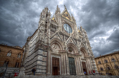 Cathedral of Siena (daniele paccaloni) Tags: italy storm church clouds italia nuvole day cathedral gothic sienna medieval chiesa tuscany nubes siena marble duomo toscana façade ze medioevo cattedrale gotico 21mm marmo gotica goldenmosaics santamariaassunta faade distagont2821 distagon2128ze mosaicidorati