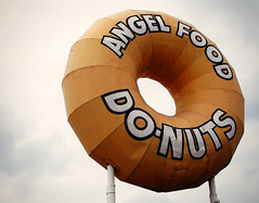 Angel Food Do-Nuts (avilon_music) Tags: california signs sign canon vintage la longbeach donuts donut signage americana southerncalifornia donutshop lacounty oldsigns vintagesigns giantdonut filmlocations g9 bigdonut angelfooddonuts markpeacockphotography avilonmusic