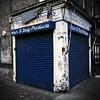 Beauty Authority (jordi.martorell) Tags: blue urban london corner geotagged nikon decay shutter guessed usher guesswherelondon 1855mmf3556g shopfront romanroad abandono towerhamlets gwl d40 nikond40 usherroad cruzadasi guessedbyurbanimage