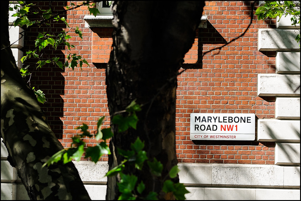 Posh neighbourhood - Home to famous former residents such as Ringo Starr, Yoko Ono, John Lennon, Madonna, Guy Ritchie, Sherlock Holmes, H.G. Wells...