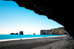 Scattered Coast (John & Tina Reid) Tags: iceland solitude dyrholaey jonreid emptybeach volcanicbeach europeanbeach southerniceland icelandicbeach tinareid dramaticcoastline
