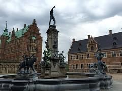 Frederiksborg Castle (ilamya) Tags: castle fountain statue denmark frederiksborg hillerd