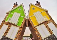 Creative House (Ormastudios) Tags: house garden dubai miracle inverted