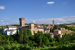 Levizzano Rangone (andrea sighinolfi) Tags: levizzano castelvetro collina colline italy hills medioevo borghi antico castello chiesa