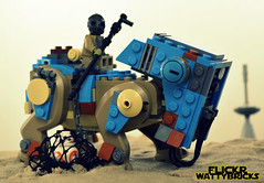 Trapped (WattyBricks) Tags: lego star wars episode vii the force awakens rey bb8 teedo luggabeast 75148 jakku sand desert