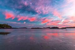 Violet sky! (sona.eskandarnezhad) Tags: 6d canon coastline landscape nature colorful reflection canada tofino ocean cloudysky sunset
