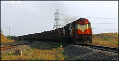 Twin VSKP WDG-3A (Ankit Bharaj) Tags: summer sunlight india train canon wagon photography evening is diesel indian engine twin rail locomotive 100 railways freighter enthusiasm ankit sx alco railfanning dbr sason orrisa irfca vishakhapatnam bharaj sambalpur vskp wdg3a jharsuguda bobrn rengali