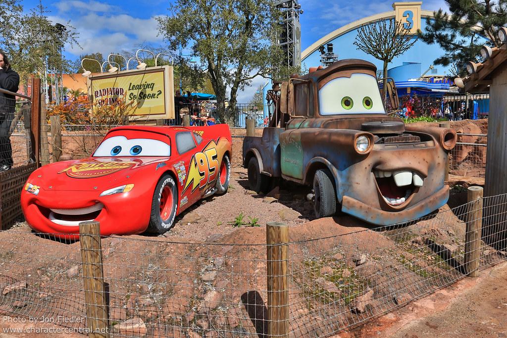 Cars Quatre Roues Rallye Cars Four Wheel Race Rally At Disney
