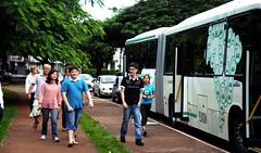 Povo de Maring 02 (Caravana Volvo) Tags: paran volvo pr urbano nibus caravana maring parquedoing rodovirio rodovirios rivesa cvnorte caravanavolvo
