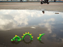 Loch Ness Monster (Giant Ginkgo) Tags: sculpture reflection berlin rain monster germany puddle europe loch lochnessmonster ness