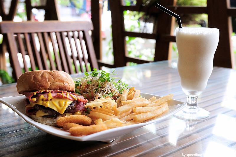 今日熱門文章:【屏東】份量滿點的早午餐.日光森林 (勝利店)
