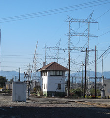 Vernon: Hobart railroad tower (2584) (DB's travels) Tags: california railroad abandoned losangeles laarea