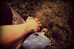 """""""Incontro di due mani  in cerca di stelle"""" (""""Claire"""" de lune) Tags: summer love grass digital canon hands mani"""