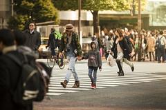 On the Road (Arr) Tags: man japan digital canon lens tokyo spring asia day photographer crossing father shibuya sunny son busy telephoto 5d tele f28 scramble 70200mm longlens travler 5dmkii 5dmk2