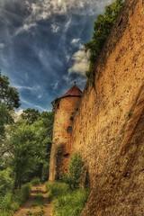 Ronneburg... (hobbit68) Tags: old clouds canon outdoor alt himmel haus bltter baum gebude burg