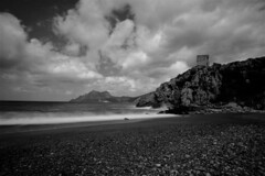 FRANCE, Corse, Porto Tour gnoise (Bruno Cochet) Tags: bw cloud mer pose landscape corsica nuage paysage longue mediterranne