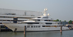 INFINITY (kees torn) Tags: infinity superyacht oceanco oceonco