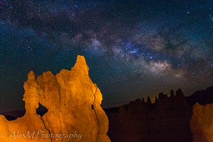 The Mask under the stars (The Happy Traveller) Tags: milkyway nightsky stars brycecanyon