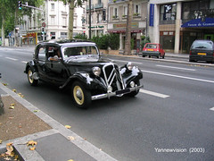 Citroën Traction 11 B (Tours - France) 2003 (-Yannewvision-) Tags: france car french frankreich automobile traction citroën 11 retro collection tours oldcars シトロエン フランス automobil t11 touraine 集合 rétro t15 11b 自動車 françaises viellesvoitures 古い車 yannewvision レトロな車 シトロエンのトラクション トゥレーヌ