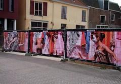 Drieluik (Ronald Rugenbrink) Tags: project foto galerie deventer straattheater kus kiek doeken drieluik bouwplaatsen deventeropstelten verfraaiing oplasteatro bouwhekken ronaldrugenbrink kiekkus fotodoeken fotomargrietpronk