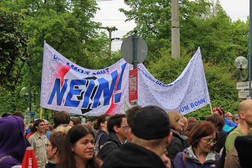 Bonn stellt sich quer - Amos sagt NEIN