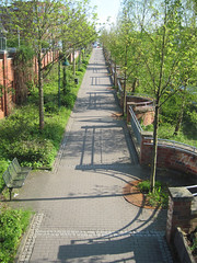 Norderstedt - Way along the railroad line (.patrick.) Tags: way footpath norderstedt bikeway schleswigholstein weg radweg norderstedtmitte fusweg