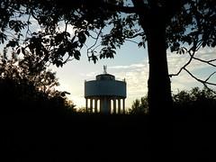Drumchapel Water Tower (Michelle O'Connell Photography) Tags: sunset summer silhouette watertower spaceship drumchapel june1st glasgowsunset drumchapelglasgow drumchapelwatertower drumchapellifesofar cleddansprimaryschool drumchapelsunset michelleoconnellphotography drumchapelwatertowersunset