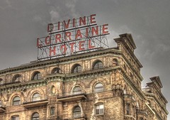 Divine Lorraine Sign (podolux) Tags: windows signs philadelphia window sign canon hotel pennsylvania 2006 powershot pa canonpowershota95 philly penna cityofbrotherlylove tonemapped july2006 scaffoldsign vintagehotelsign photomatixformac