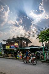 Shop.Sky.Bike (DeSjnIs) Tags: leica travel blue vacation sky cloud thailand asia chiangmai pai asph 21mm m240 f34 11145 superelmar