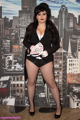 Zatanna cosplay (The Doppelganger) Tags: cosplay heels fishnets cosplayer dccomics cleavage zatanna fishnetstockings acbc zatannazatara atlanticcityboardwalkcon acbc2016