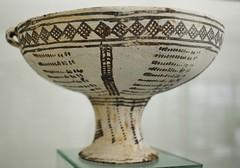 White Slip Ware (orientalizing) Tags: museum ceramic cyprus pottery westerncoast archaia latebronzeage paphosregion whiteslipware paphosarchaeologicalmuseum 15501050bc lbaiii