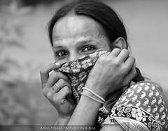 Concealing Identity (Amna Yaseen) Tags: park pakistan public lahore eunuch 2016