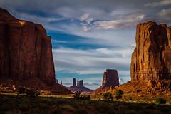 The Golden Hour (skram1v) Tags: arizona golden utah sandstone hour monoliths reddish april2016