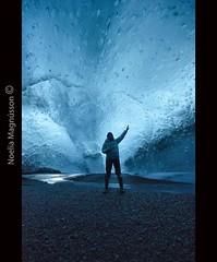 Blue Experience- Iceland (N) Tags: iceland islandia cave glaciar cueva icecave skaftafellnationalpark southiceland the4elements svnafellsjkull glacierexperience blueicecave cuevadehielo traveliceland exploreiceland exploracionislandia noeliamagnusson articadventure skaftafellicecave glaciarestheislandia wwwnoeliamagnussoncomnnoemagnusson nmagnusson