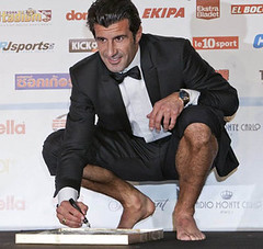 Luis Figo (Bulge&Suit Lover) Tags: gay hot crotch suit traje bulge bulto