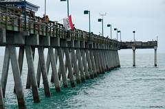 Open! (BGDL) Tags: venice florida venicebeach fishingpier nikkor55200mm nikond7000 elementsorganizer