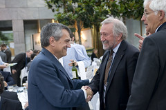 José Viegas greets Manfred Neun