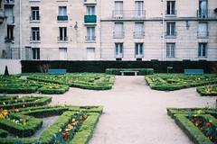 2012 Paris Trip (CielChen) Tags: trip paris film de sens nikon kodak jardin le 400 marais portra fm2 2012 lhtel