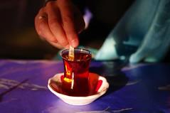 tea with sugar (captain.orange) Tags: cup glass turkey tea sugar cay tee glas turkish shai zucker konya türkei schai türkisch