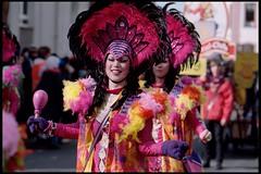 Sweet Colors (thinkfat) Tags: people film canon deutschland faces kodak parade event mainz umzug eos3 karneval 2012 rosenmontag rheinhessen kostüm portra160 ef100mmf2 newportra