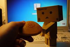 yummy (noidcanuse2011) Tags: toys danbo gf2 danboard minidanbo