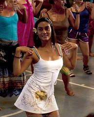 Ensayos Tapati Rapa Nui 2012 (Marcelo Collao Miranda) Tags: chile girl beauty festival dance mujer nikon carnaval easterisland isla rapanui polinesia isladepascua tepitootehenua naveloftheworld etnico d90 nikond90