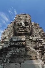 Avalokiteshvara at Bayon temple. (Henry der Mops) Tags: travel orange smile reisen asien cambodia kambodscha southeastasia sdostasien faces monk buddhism angkor hindu unescoworldheritage lcheln bayon angkorthom mnch buddhismus gesichter avalokiteshvara hinduismus bodhisattvas unescoweltkulturerbe canoneos500d bayontempel reap shivaismus khmerarchitektur siem mahayanabuddhismus