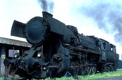 52 3317  Linz  10.05.75 (w. + h. brutzer) Tags: analog train linz austria sterreich nikon eisenbahn railway zug trains steam bb 52 dampflok lokomotive eisenbahnen webru