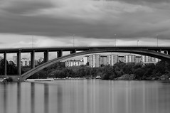 Stockholm II (Fredrik Nordqvist) Tags: city bridge sea bw water clouds boats nikon stockholm le nd110