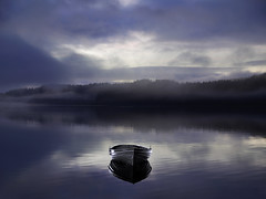 MORNING BOAT (kenny barker) Tags: morning mist landscape lumix dawn scotland boat loch trossachs lochard panasoniclumixgf1 welcomeuk kennybarker