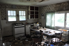 the grumpy kitchen @ grumpy old lady house (Aces & Eights Photography) Tags: abandoned decay oldhouse abandonedhouse abandonment ruraldecay