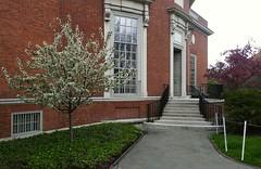 HOU 2016-05-04_143052 (bix02138) Tags: architecture landscapes libraries harvardyard harvarduniversity cambridgema 2016 may4 houghtonlibrary