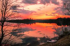 ENJOY (jocelyn.galipeau) Tags: de soleil coucher lac mirroir larouche rserve faunique vrnedrye